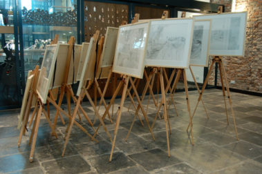 Een Genoegelijk Gemis, installatie/tekeningen, Tentoonstelling Tracing Places, Janskerk, Haarlem, 2008