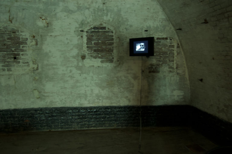The Silence, Diaserie/video, 1994 - 2018, installatie, getoond in KI Safe Dalfsen, Arti et Amicitiea, Fort bij Asperen